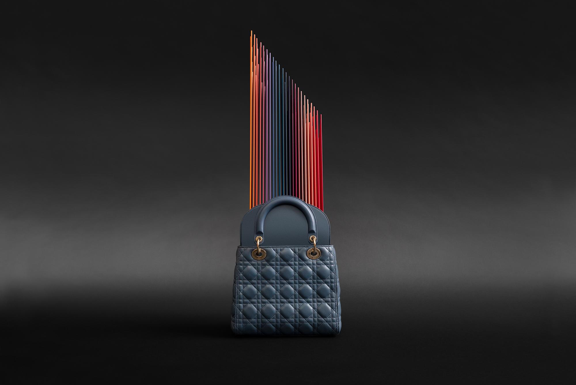 © Dior, Kunstwerk von Tomislav Topic als Teil der Lady Dior As Seen By Ausstellung