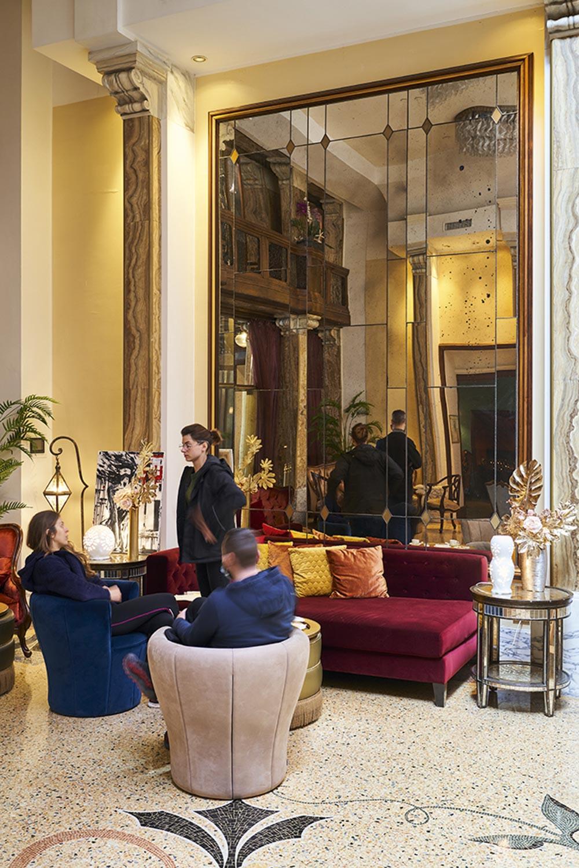 IDEAT travel Guide Genua Grand Hotel Savoia